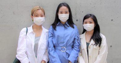 左から、Rethink Fashion Wasedaの内山響さん、五十嵐文桜さん、小林愛莉さん=2021年6月3日、丹羽ありさ撮影