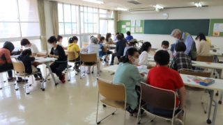 外国にルーツを持つ子どものための日本語教室「なかよし」―コロナ下を生きる―
